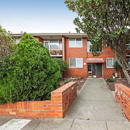 Rent this 2 bed apartment on 7/145 Murrumbeena Road