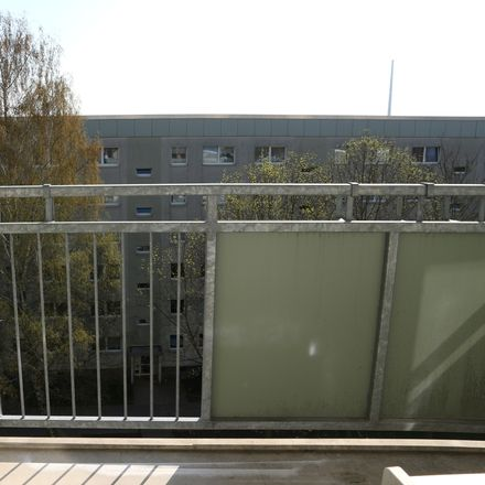 Rent this 3 bed apartment on Am Stadtpark 8 in 09120 Chemnitz, Germany