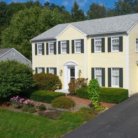 Rent this 3 bed house on 5 Greyledge Drive in Albany, NY 12211