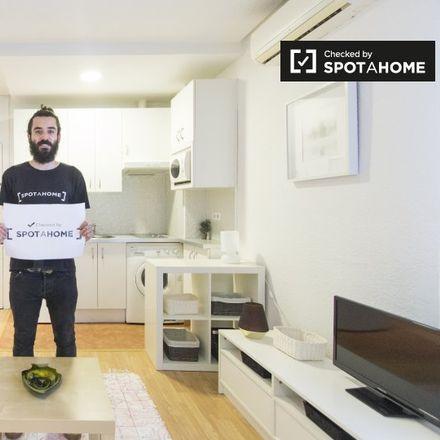 Rent this 1 bed apartment on Manuel García Morente in Calle de Don Ramón de la Cruz, 28001 Madrid