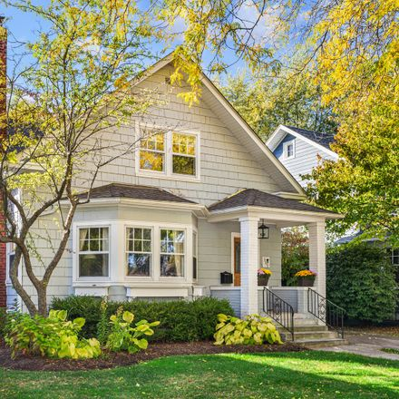 Rent this 5 bed house on 309 16th Street in Wilmette, IL 60091