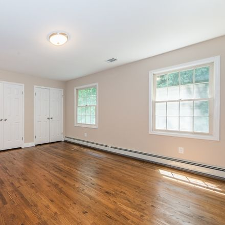 Rent this 4 bed house on Alder Ave in Wayne, NJ