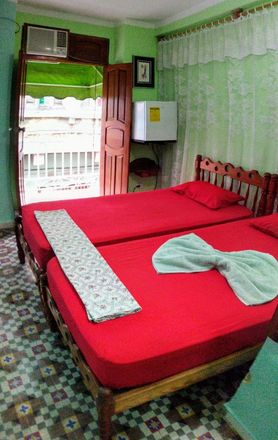 Rent this 3 bed house on Havana in Chinatown, HAVANA