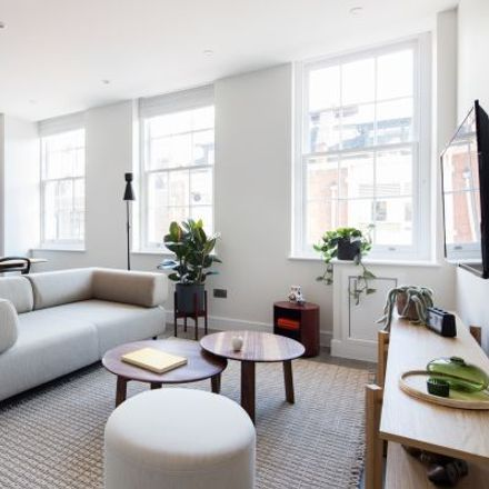 Rent this 3 bed apartment on New Loon Moon Supermarket in Gerrard Street, London