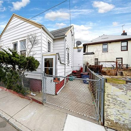 Rent this 4 bed house on Brighton 10th Ln in Brooklyn, NY