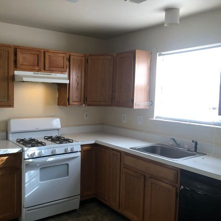 Rent this 3 bed townhouse on 7 Lighthouse Court in Atlantic City, NJ 08401