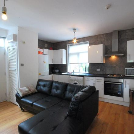 Rent this 3 bed apartment on Springbank Road in Newcastle upon Tyne NE2 1PD, United Kingdom