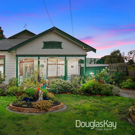 Rent this 3 bed house on 22 Neil  Street