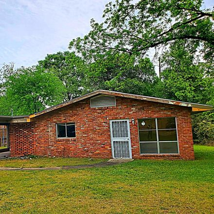 Rent this 3 bed house on 2122 Sheffield Drive in Columbus, GA 31907