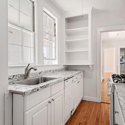 Rent this 2 bed condo on 21 Chauncy Street in Cambridge, MA 02138-2801