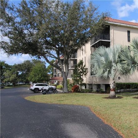 Rent this 3 bed condo on Marion Ave in Punta Gorda, FL