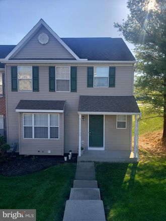 Rent this 3 bed townhouse on 215 Country Ridge Drive in York Township, PA 17356