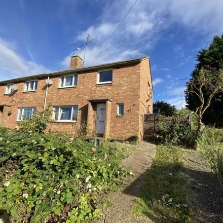 Rent this 3 bed house on Queensway in Burton Latimer, NN15 5QH