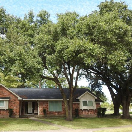 Rent this 4 bed house on 7814 Braesview Lane in Houston, TX 77071