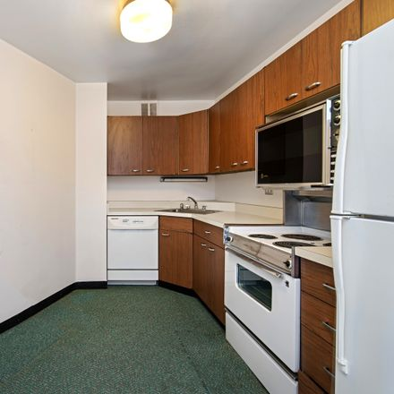 Rent this 1 bed condo on 2626 North Lakeview in 2626 North Lakeview Avenue, Chicago