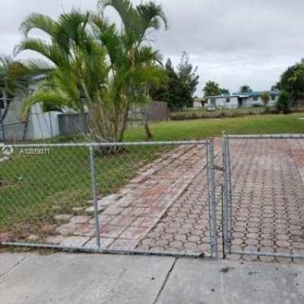 Rent this 3 bed house on Homestead in FL, US