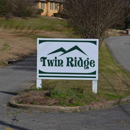 Rent this 0 bed apartment on 828 Twin Ridge Drive in Gardendale, AL 35071