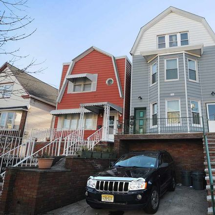 Rent this 3 bed apartment on 96 West 25th Street in Bayonne, NJ 07002