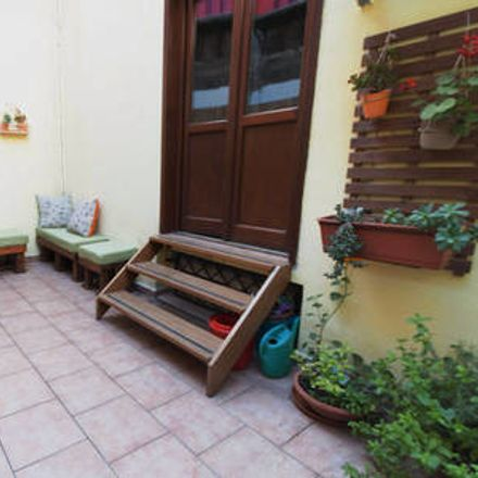 Rent this 2 bed apartment on Vicolo dei Calzonai in 13, 90133 Palermo PA