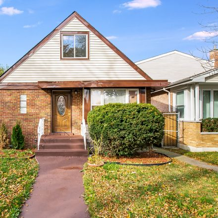 Rent this 3 bed house on South Emerald Avenue in Chicago, IL 60620