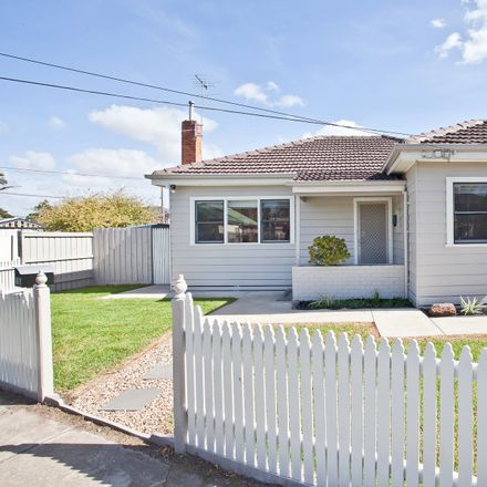 Rent this 3 bed house on 21A Ernest Street