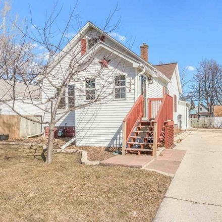 Rent this 3 bed house on 716 Phoebe Street in Green Bay, WI 54303