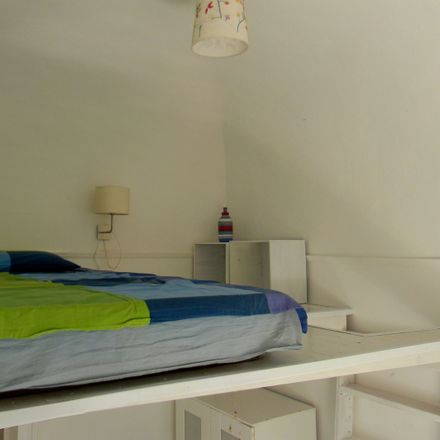 Rent this 2 bed room on Via Daniele in 95124 Catania CT, Italy