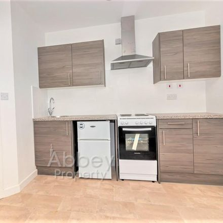 Rent this 1 bed apartment on B&Q Luton in Dallow Road, Luton LU1 1HJ