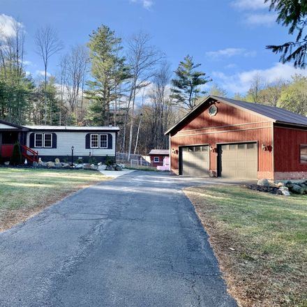 Rent this 3 bed house on Maple St in Corinth, NY