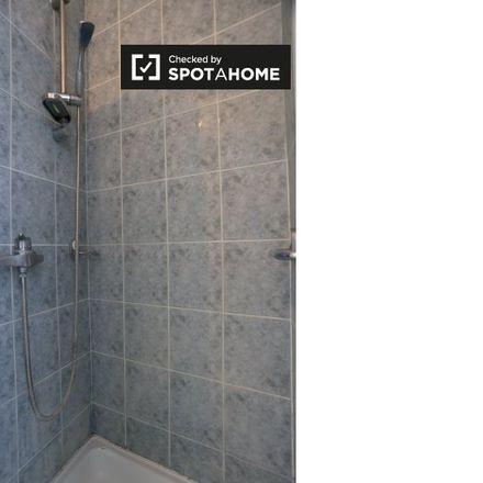 Rent this 1 bed apartment on Avenue Rogier - Rogierlaan 138 in 1030 Schaerbeek - Schaarbeek, Belgium