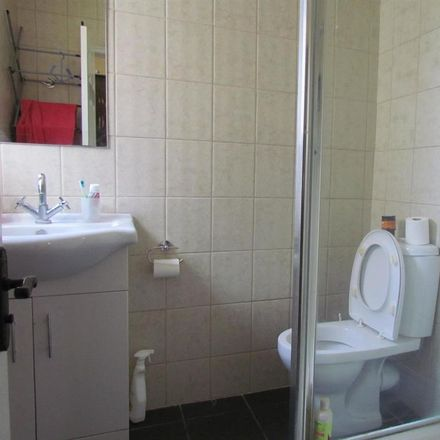 Rent this 3 bed house on Baron Road in London RM8 1UB, United Kingdom