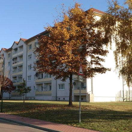 Rent this 3 bed apartment on Weißenfelser Straße in 06259 Braunsbedra, Germany