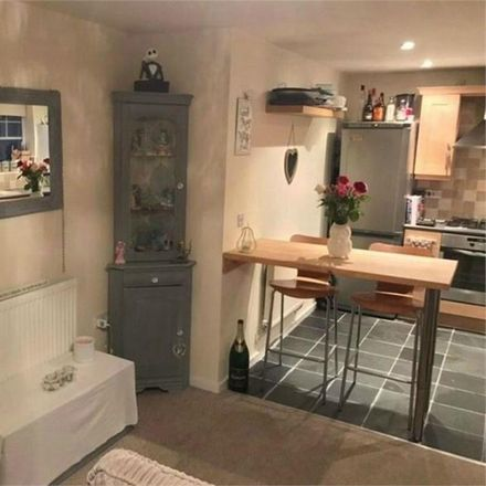 Rent this 2 bed apartment on Renforth Close in Gateshead NE8 3JF, United Kingdom