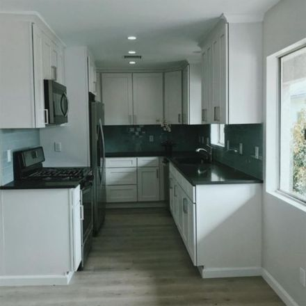 Rent this 1 bed room on Garfield School in 16th Street, Santa Monica
