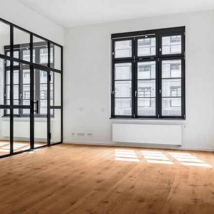 Rent this 2 bed apartment on Wiesenhüttenplatz 26 in 60329 Frankfurt, Germany