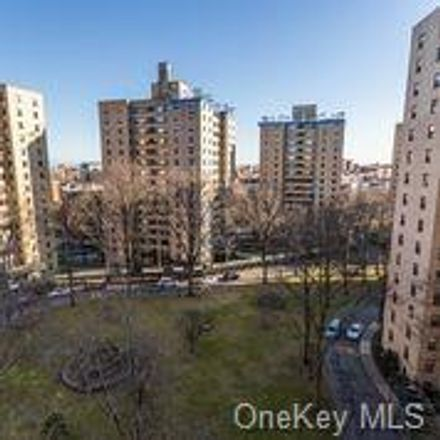 Rent this 2 bed condo on E Fordham Rd in Bronx, NY