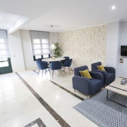 Rent this 3 bed apartment on Calle de Cea Bermúdez in 49, 28003 Madrid