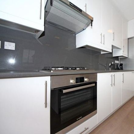 Rent this 2 bed apartment on Elm Avenue in London W5 3XA, United Kingdom