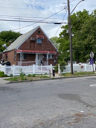 Rent this 4 bed house on 27 134th Ave in Jamaica, NY
