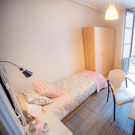 Rent this 6 bed room on Fika kalea / Calle Fika in 5, 48006 Bilbao