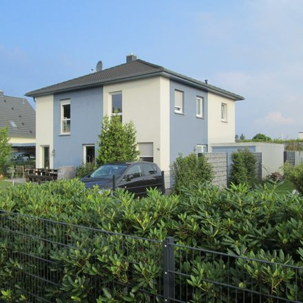 Rent this 6 bed house on Baumschulenweg 14a in 38104 Brunswick, Germany