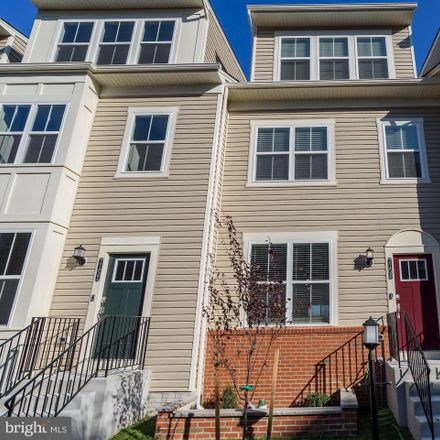 Rent this 3 bed townhouse on Banbury Drive in Hanover, MD 20794:21076