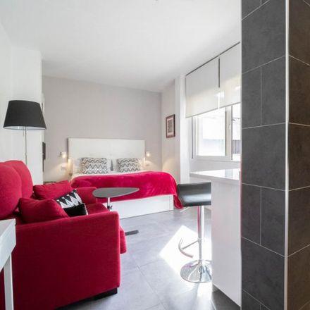 Rent this 0 bed apartment on Dirección General de Juventud y Deporte in Paseo de Recoletos, 28001 Madrid
