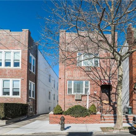 Rent this 8 bed townhouse on 68th St in Brooklyn, NY