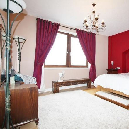 Rent this 1 bed apartment on Gun Wharf in 124 - 130 Wapping High Street, London E1W