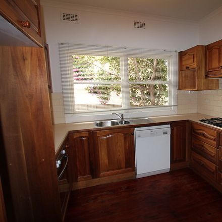 Rent this 2 bed house on 4 Begonia Street