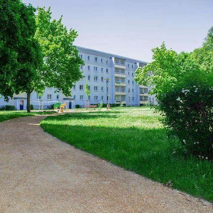 Rent this 2 bed apartment on Willi-Budich-Straße 76 in 03044 Cottbus - Chóśebuz, Germany