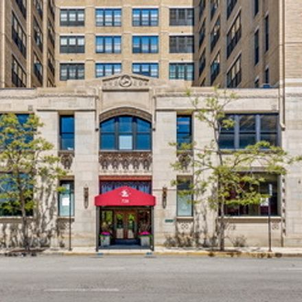 Rent this 2 bed loft on Haberdasher Square Lofts 1 in 728 West Jackson Boulevard, Chicago
