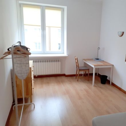Rent this 0 bed apartment on Nowowiejska 7 in 00-643 Warsaw, Poland