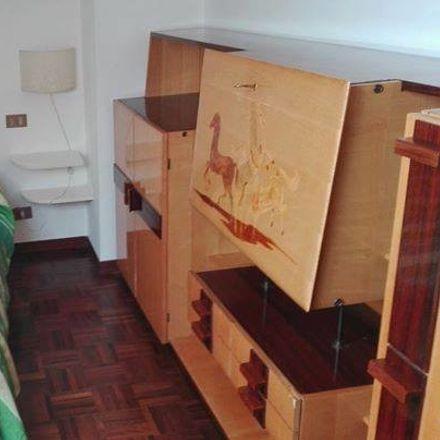 Rent this 8 bed room on Via della Tintoria in 06125 Perugia PG, Italia